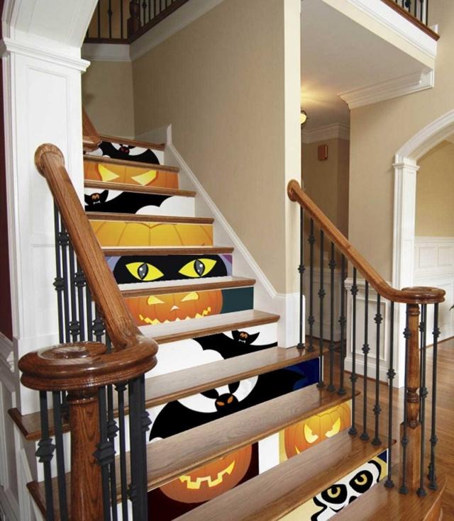 декорация за хелоуин стълби
