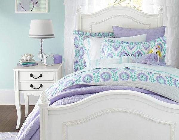 детска стая момичета лилаво бяло
