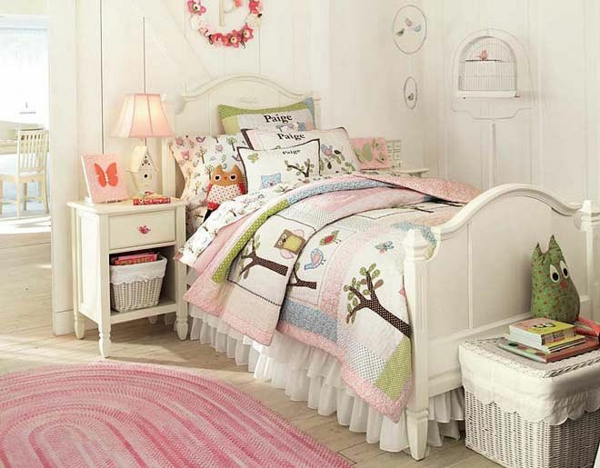 детска стая момичета пастелни цветове
