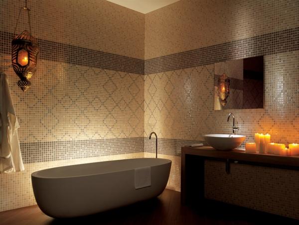 дизайн на баня в бежово с вана