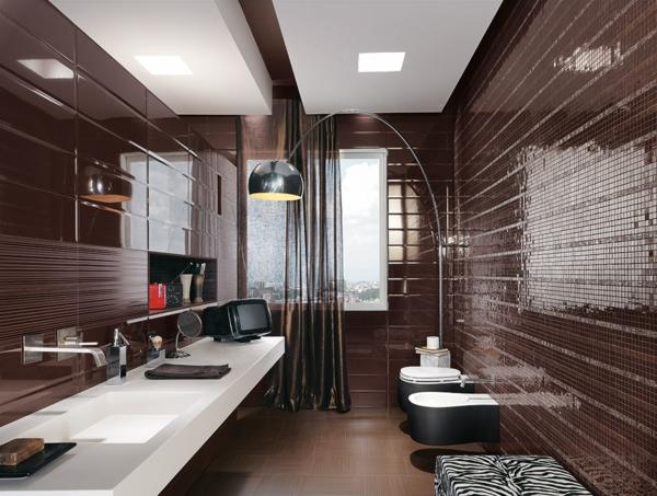 дизайн-на-баня-в-кафяво-плочки-мозайка