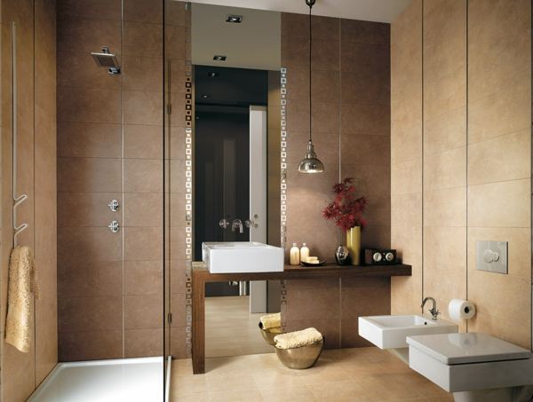 дизайн на баня с кафяви плочки