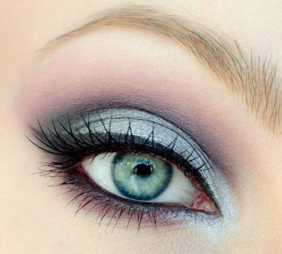 ежедневен-грим-за-очи-синьо-лилаво