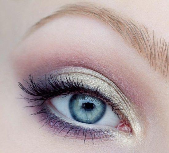 ежедневен грим за очи лилаво златисто