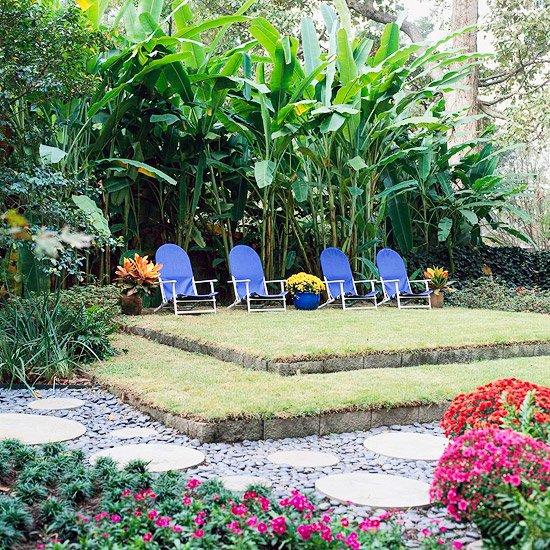 идеи градината столове цветя розово двор
