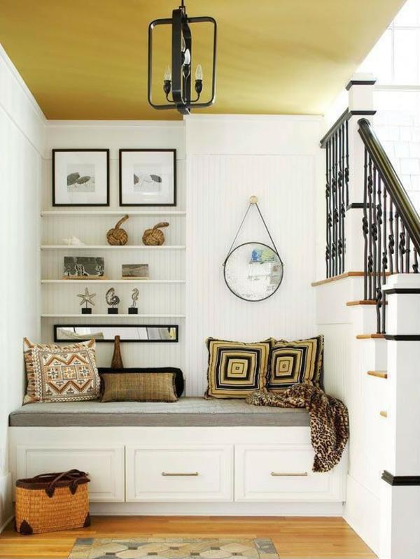 идеи дизайн коридор обазавеждане в бяло и жълто