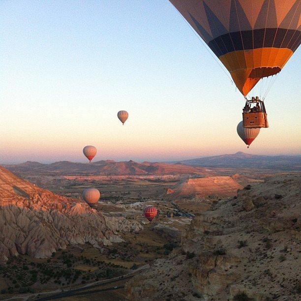 идеи за романтична среща балони
