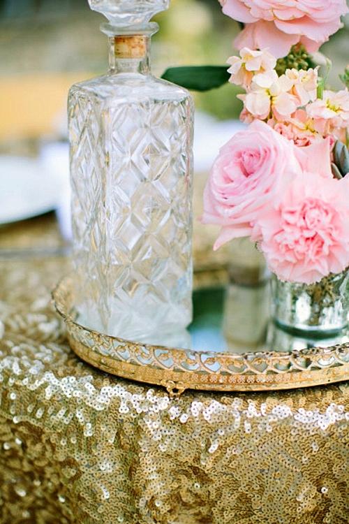 svatba v zlatno i koralovo