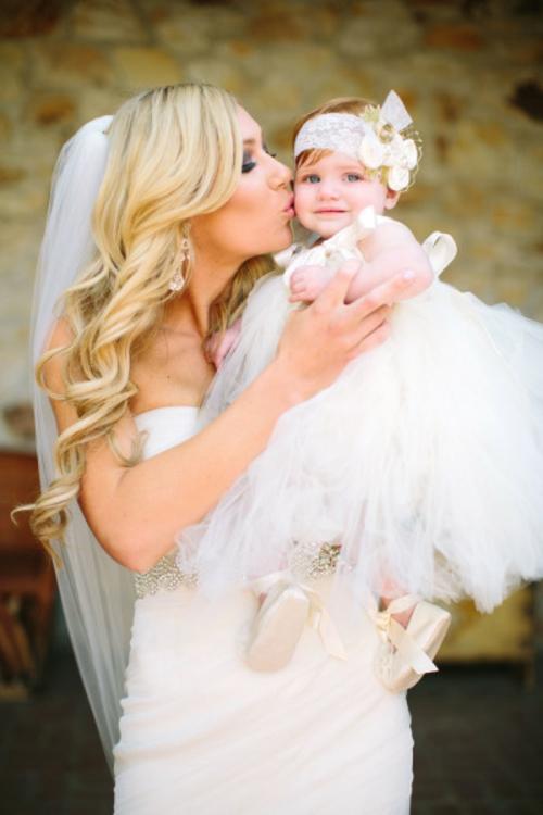 идея за сватба булка бебе фотография