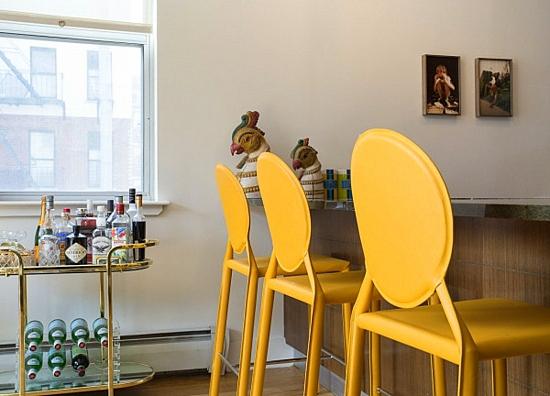 интериорен дизайн трапезария- столове бар