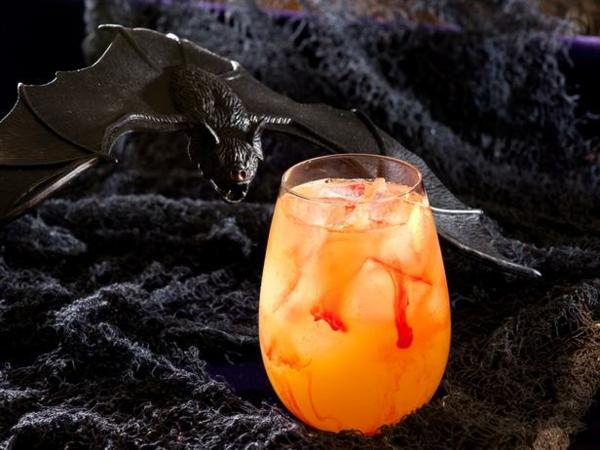 коктейли за хелоуин блъд съкър