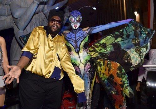 костюми за хелоуин на звездите хейди клум