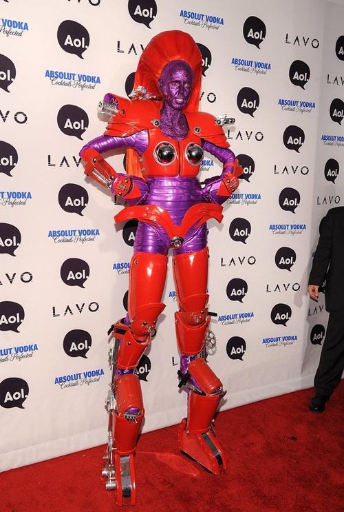 helouin kostum robot na haidi klum