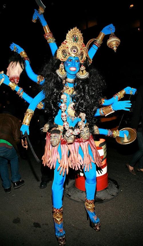 костюми за хелоуин хайди клум шива