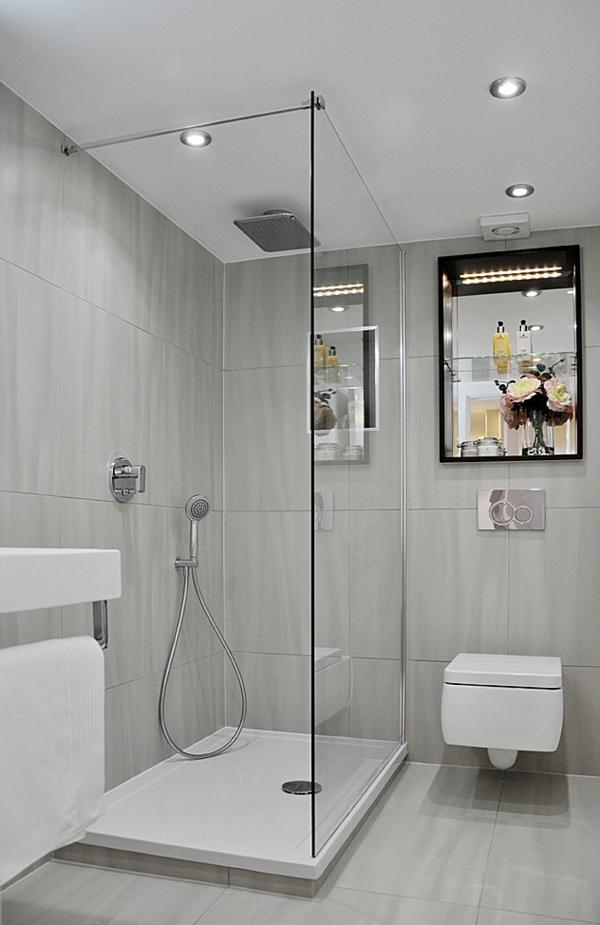 malka banq s dush kabina