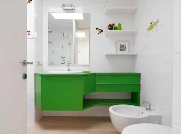 малка баня идеи мебели в зелено бяло