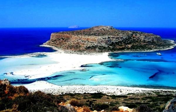 най красивите плажове в гърция емпалос остров дестинация