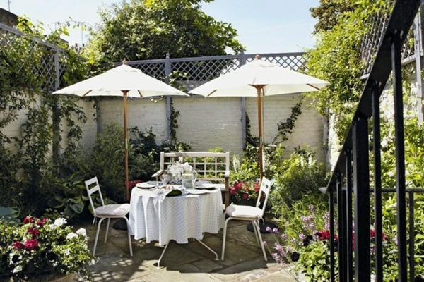 открита-трапезария-в-градината
