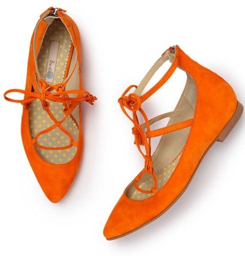 пантофки връзки за есента оранжеви