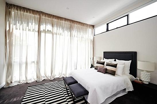 завеси пердета за спалня бяло черно интериорен дизайн
