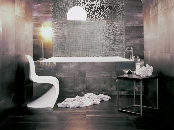 плочки за баня в сиво с мозайка огледало интериор