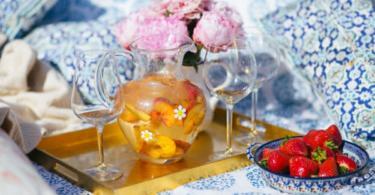рецепта за бяла сангрия с праскови