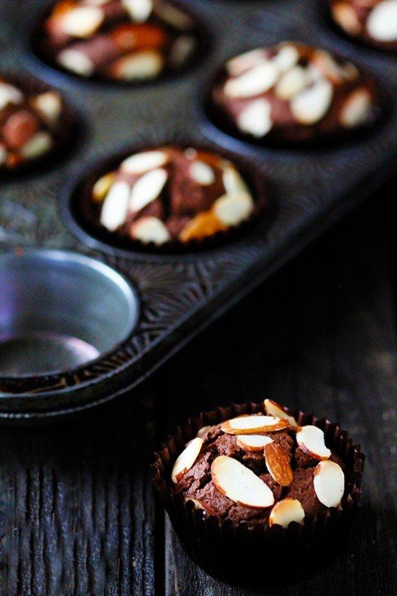 рецепта-за-шоколадови-мъфини-с-бадеми