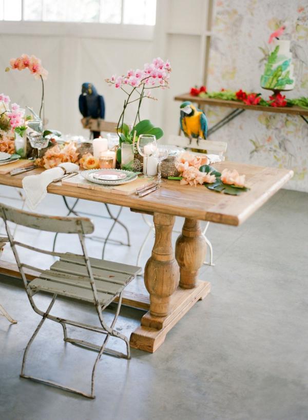 сватба в жълто зелено маса папагал