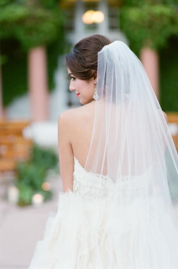 сватба-в-розово-булчински-воал