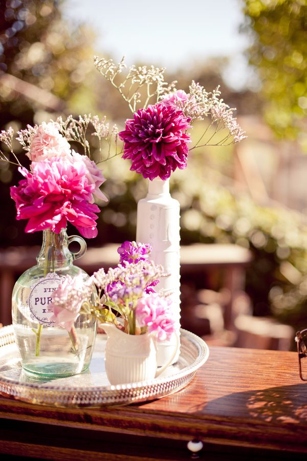 сватбена украса за маса вази цветя