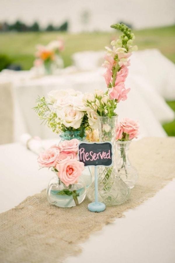 сватбена украса маса ваза цветя