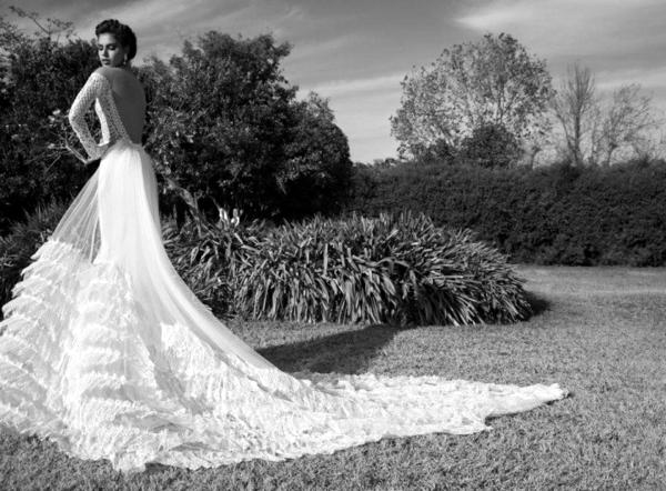 сватбени рокли  с дълъг ръкав