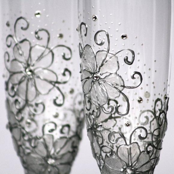 сватбени-чаши-декорация-цветя