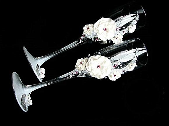 сватбени чаши цветя