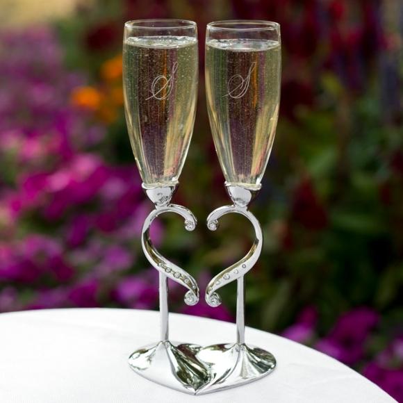 сватбени-чаши-поставка-сърце