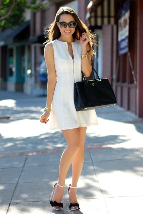 стрийт-стайл-бяла-рокля-чанта