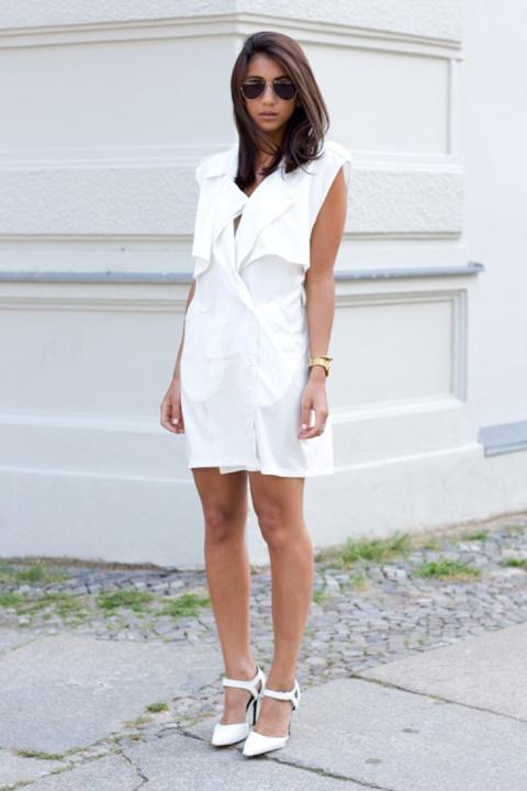 стрийт-стайл-къса-бяла-рокля-токчета