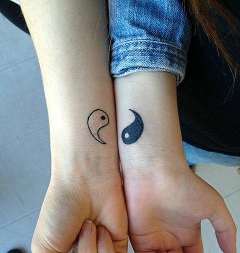 татуировки-за-двойки-ин-ян