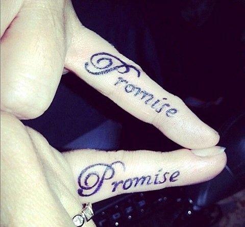 татуировки-за-двойки-надпис
