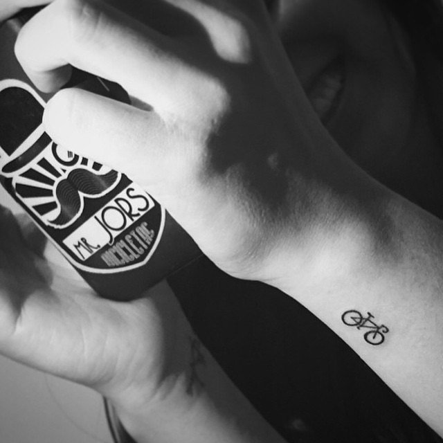 татуировки-за-жени-колело