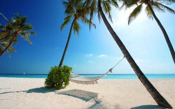 дестинации за сватбено пътешествие малдиви плаж