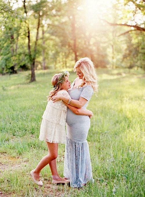 фотосесия-на-бременни-фотография-майка-дъщеря