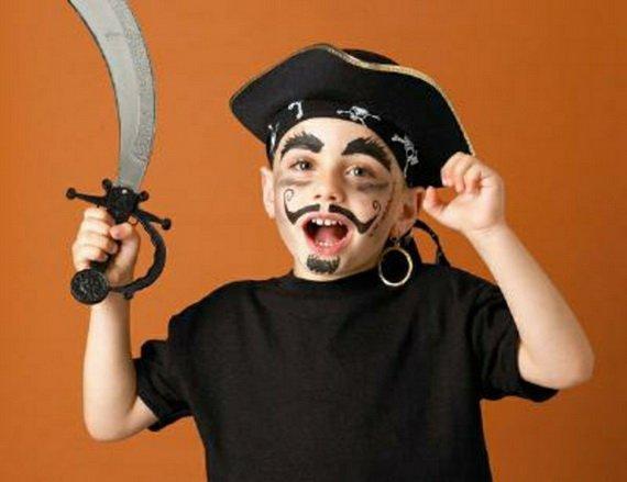 Хелоуин грим деца пират