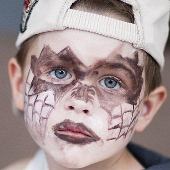Хелоуин грим деца