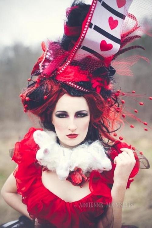 хелоуин-грим-за-червенокоси-кралица