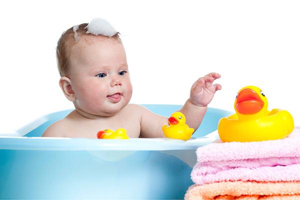 къпане-на-новородено