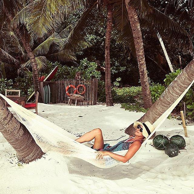летните почивки на звездите ники