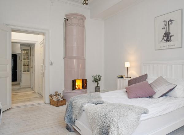 малка-спалня-интериорен-дизайн-камина