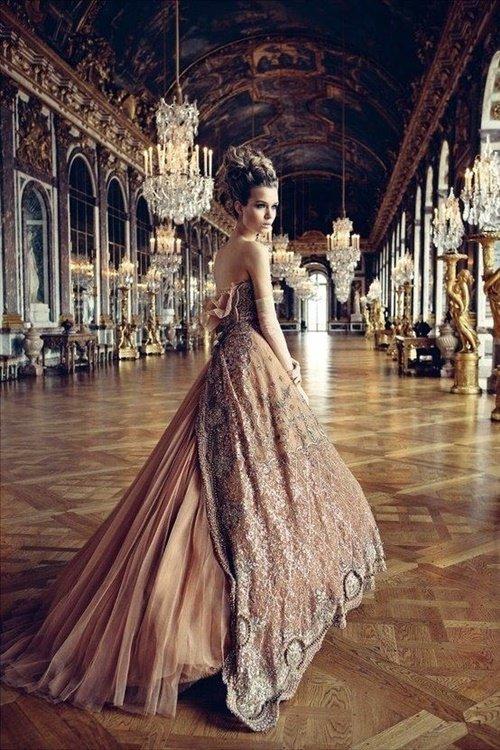 официални-рокли
