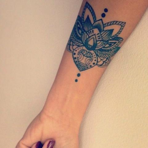 татуировки-с-цветя